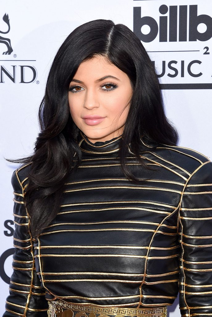 Kylie Jenner at awards ceremony